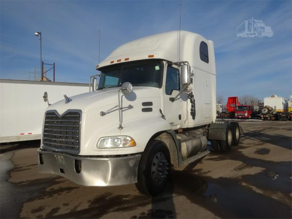Mack Pinnacle CXP613